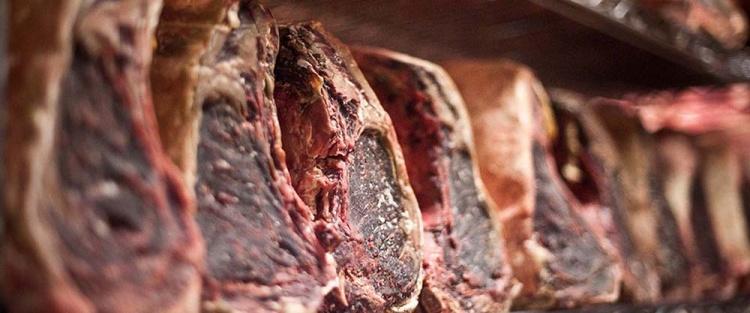 """Шкафы для сухого вызревания мяса от """"Dry Ager"""""""